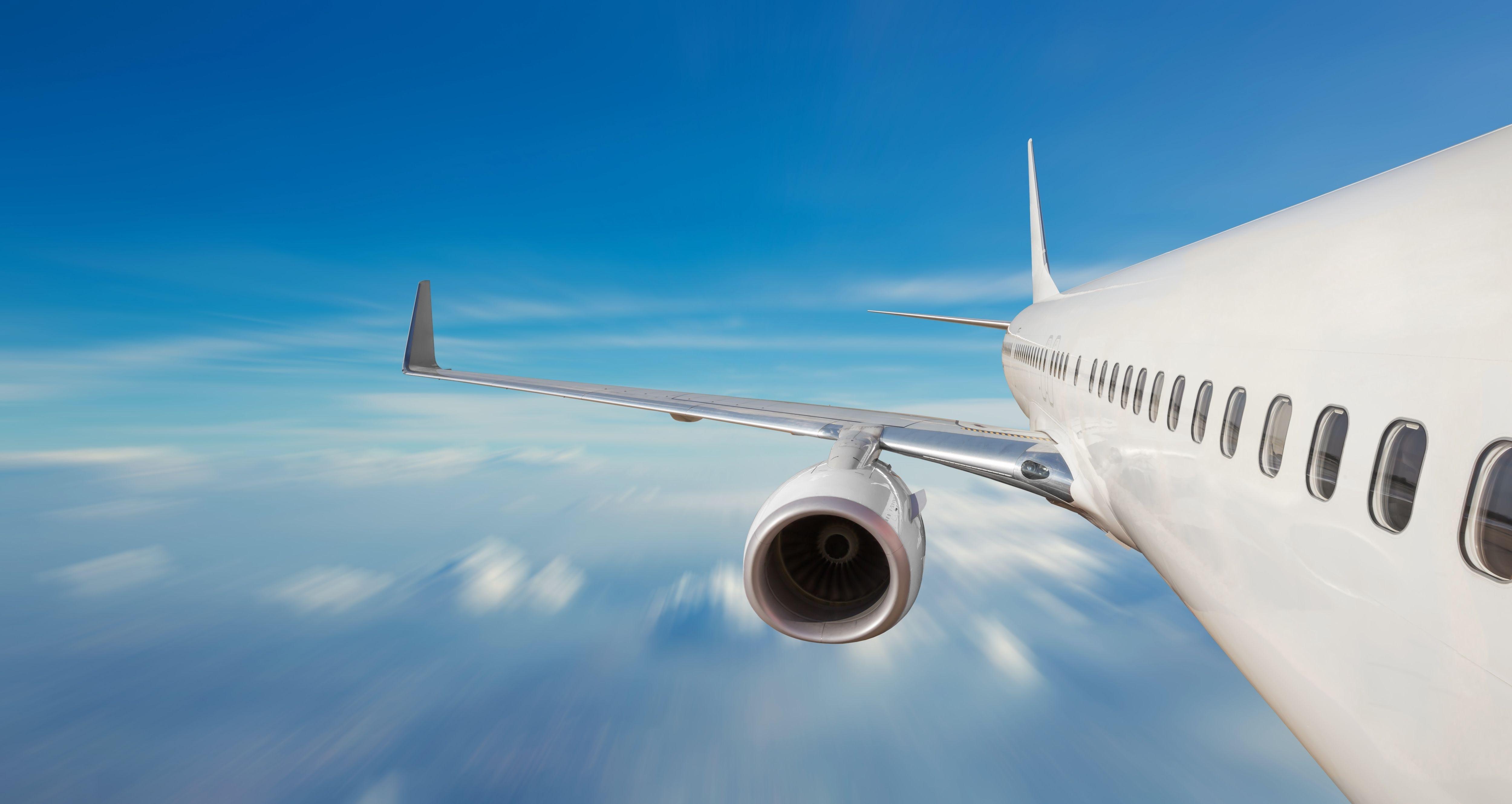 Aviation-Braking-Sound-Barrier