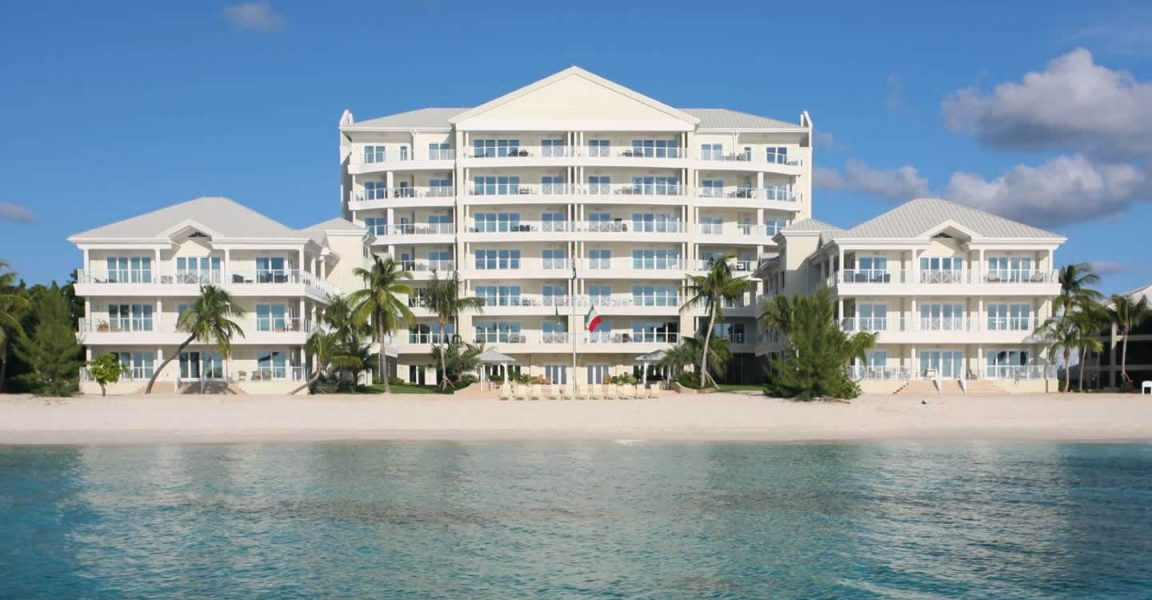 cayman-seven-mile-beach-luxury-apartment-for-sale-1-1152x600